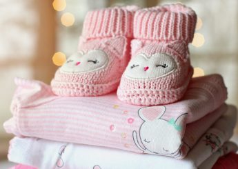 How to pick baby clothes
