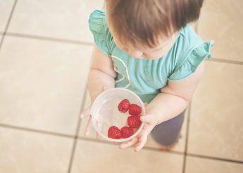 Tips to avoid choking in children