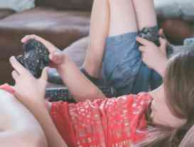Negative Effects of Your Child Being a Gadget Freak