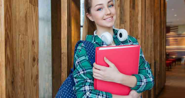 Things parents should keep in mind for sending kids to study abroad